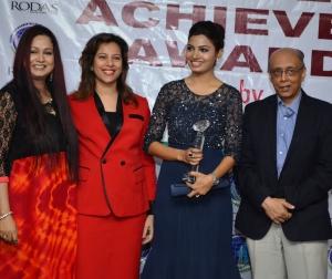 Avani Modi awarded Women Achievers Award by Young Environmentalists at Rodas ecotelPowai Mumbai.1
